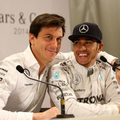 Formel 1: Mercedes will Hamilton halten