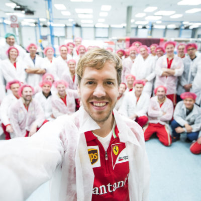Vettel: Ein Selfie für Ferrari