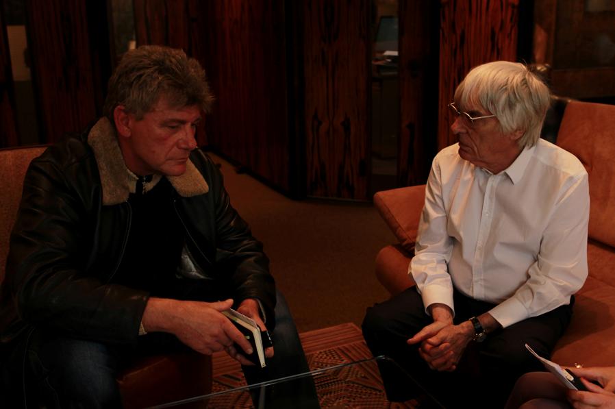 Ralf Bach im Interview mit Bernie Ecclestone
