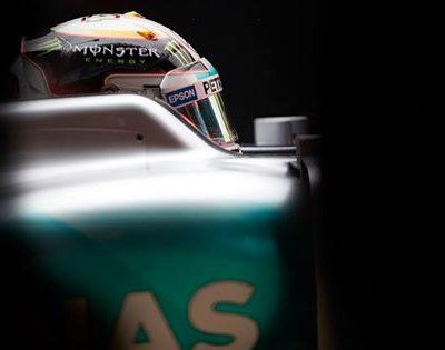 Hamilton im Mercedes. Copyright: Mercedes