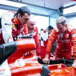 Vettel und sein Ferrari-Renningenieur Adami. Copyright: Ferrari
