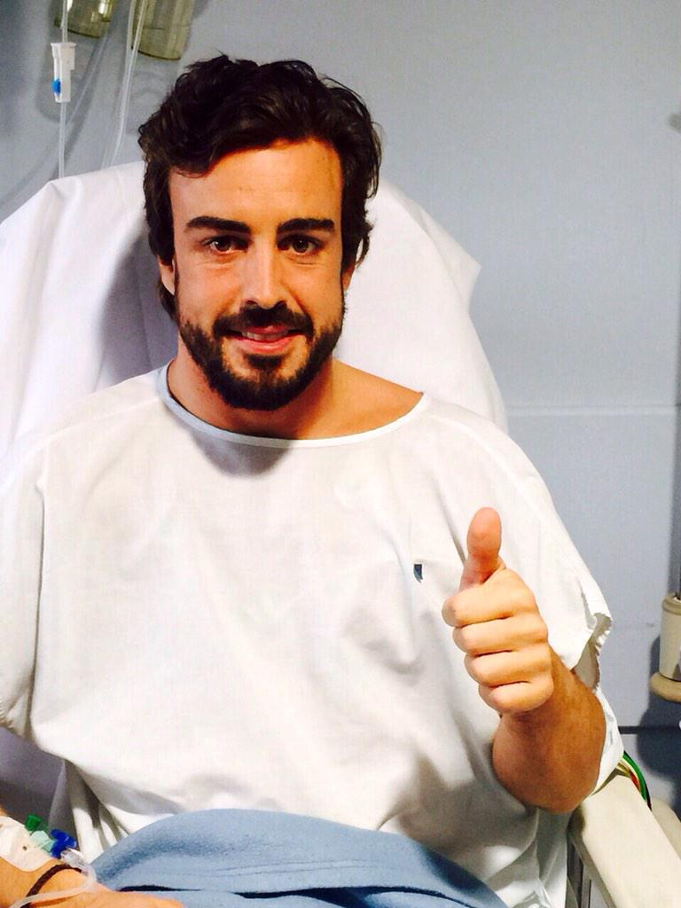 Fernando Alonso im Krankenhaus. Quelle: Twitter