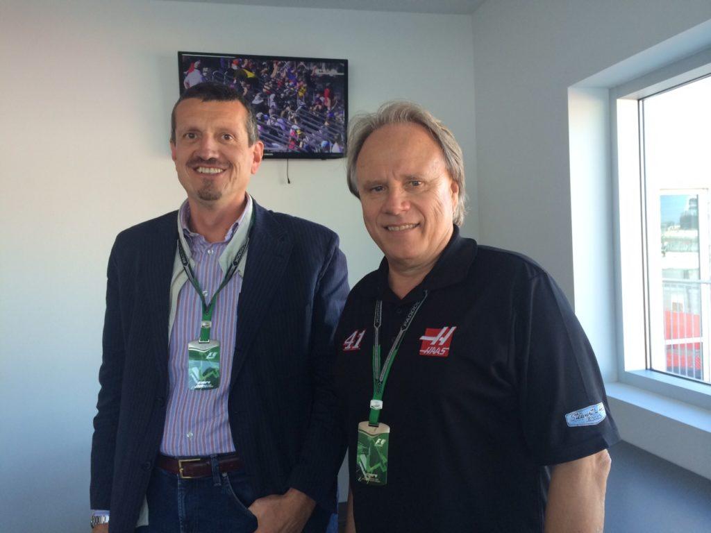 Haas (r.) und sein Teamchef Günther Steiner. Copyright: privat