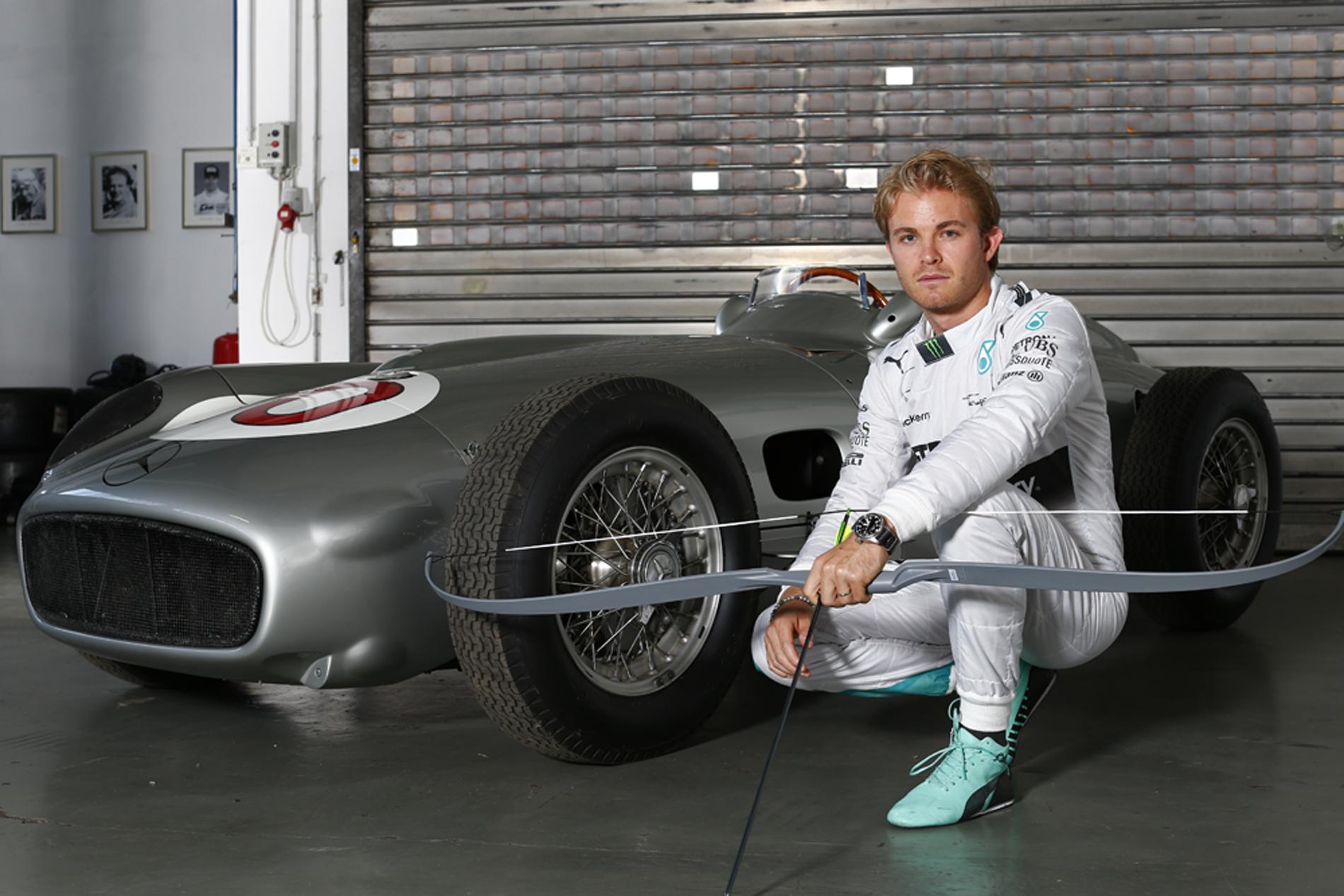 Nico Rosberg mit Silberpfeil. Copyright: Mercedes