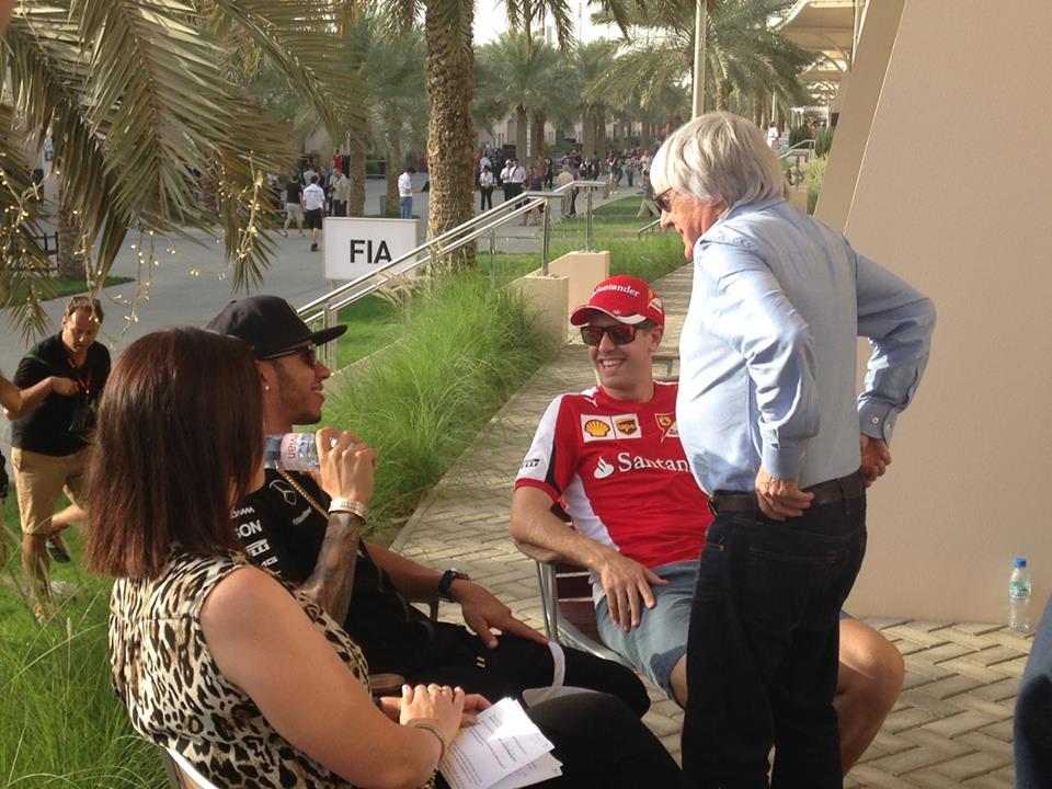 Hamilton und Vettel mit Ecclestone. Copyright: RTL