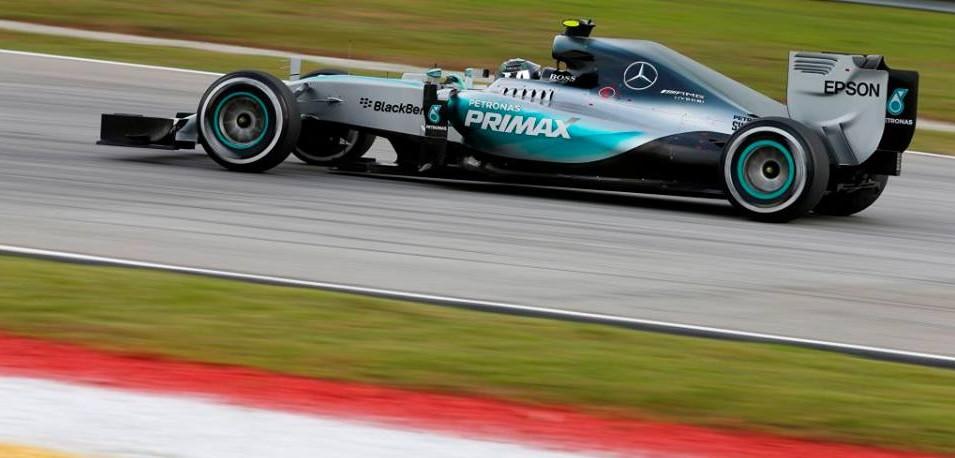 Fährt Mercedes den Fans davon? Copyright: Mercedes