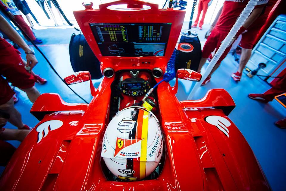 Vettels Ferrari-Cockpit. Copyright: Ferrari