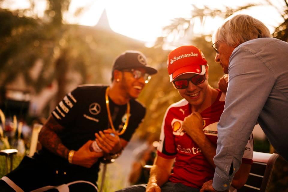Hamilton und Vettel in Bahrain. Copyright: Ferrari