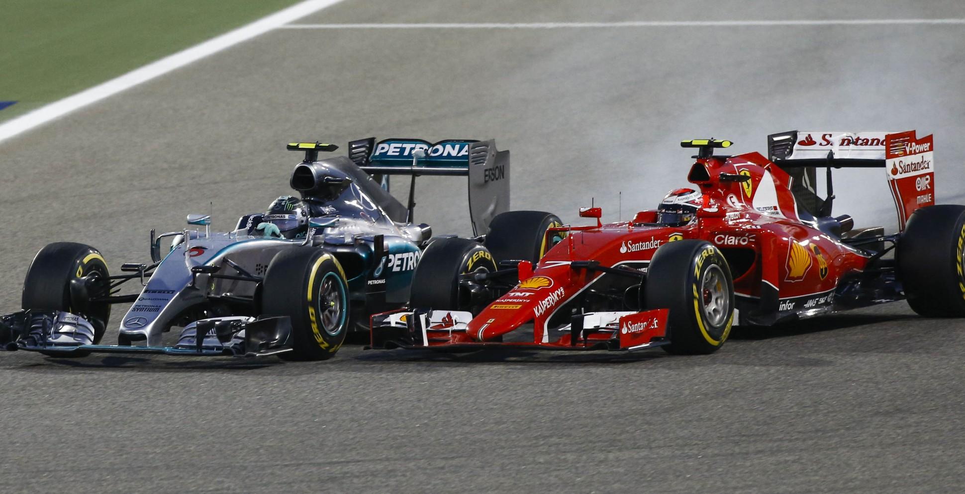 Mercedes gegen Ferrari in Bahrain. Copyright: Mercedes