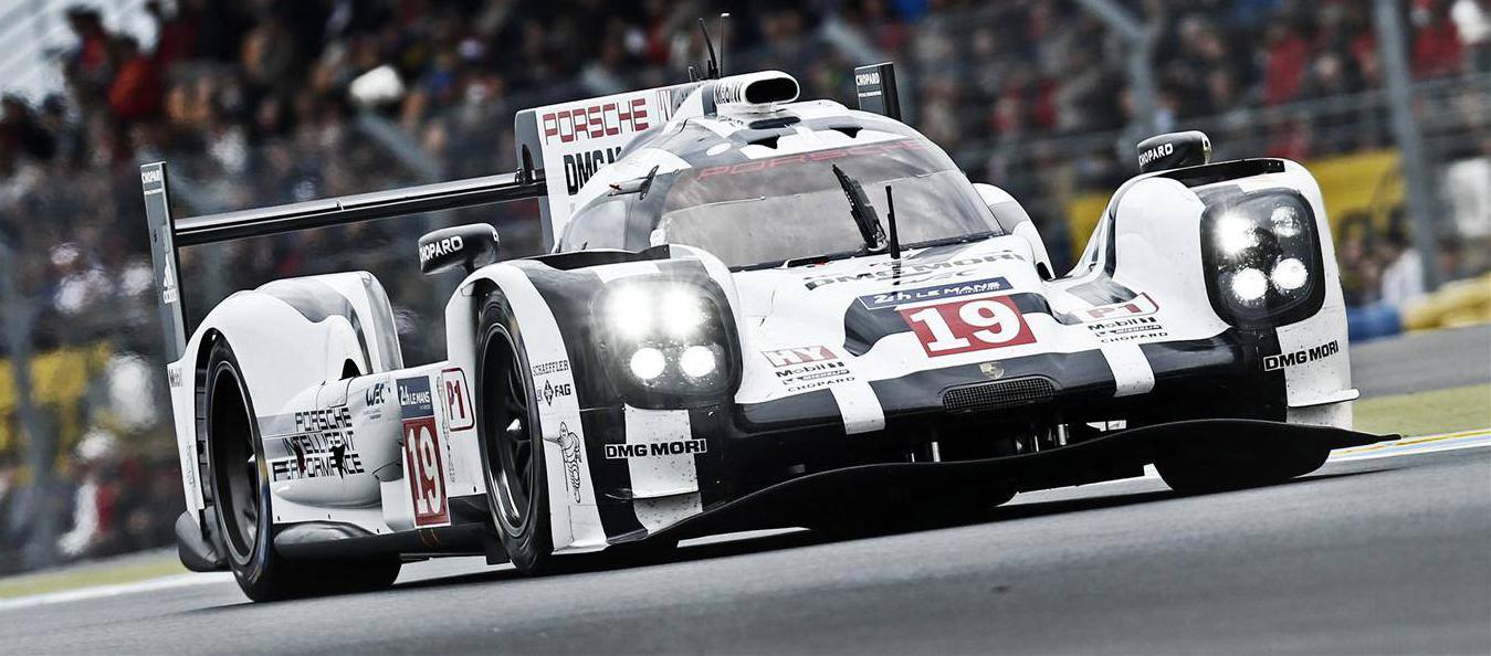 Hülkenberg im Porsche. Copyright: Facebook