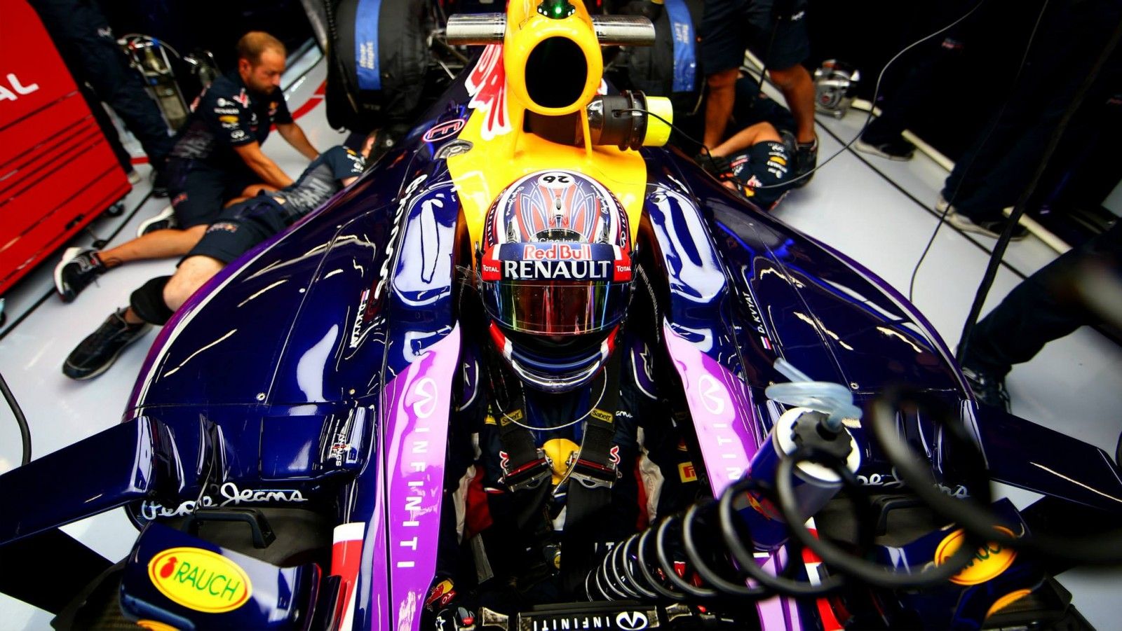 Red Bull will Mercedes-Motoren. Copyright: Red Bull