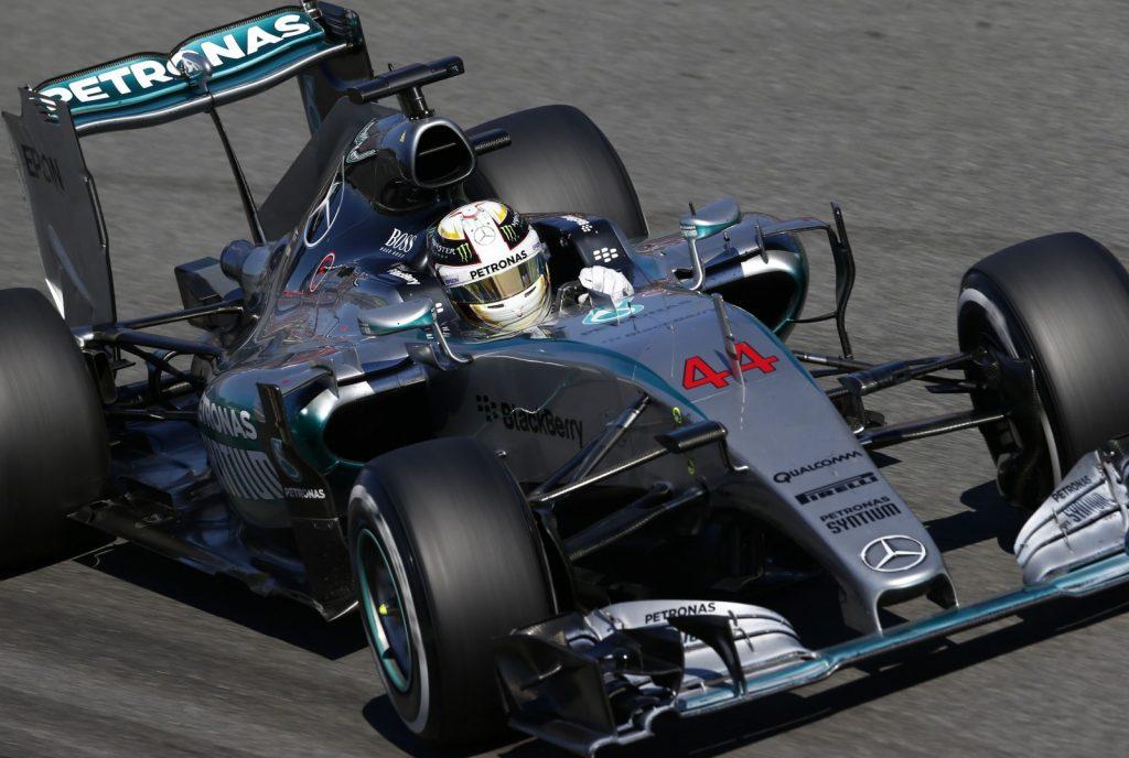Mercedes fährt mit neuem Motor. Copyright: Mercedes