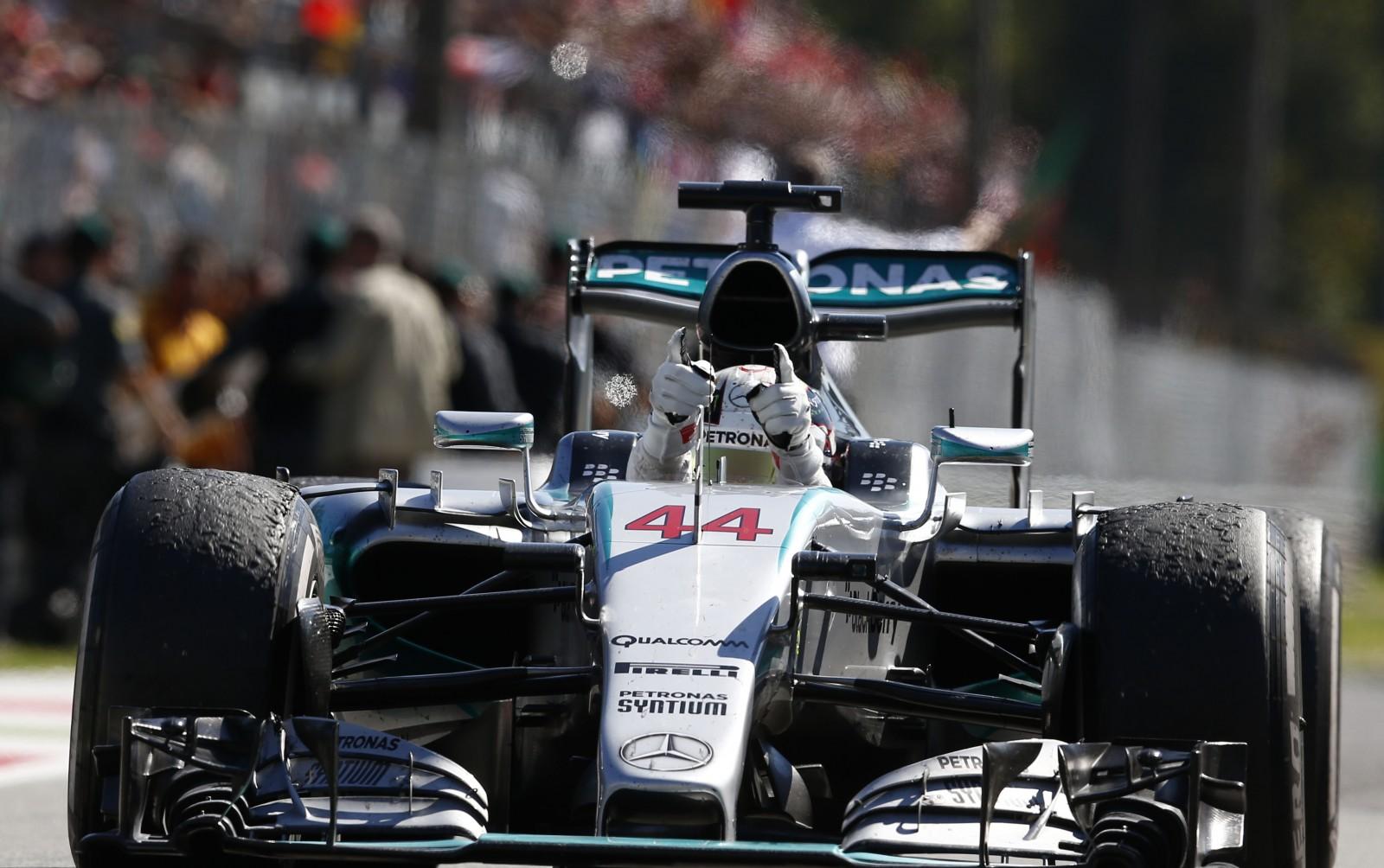 Lewis Hamilton im Mercedes. Copyright: Mercedes