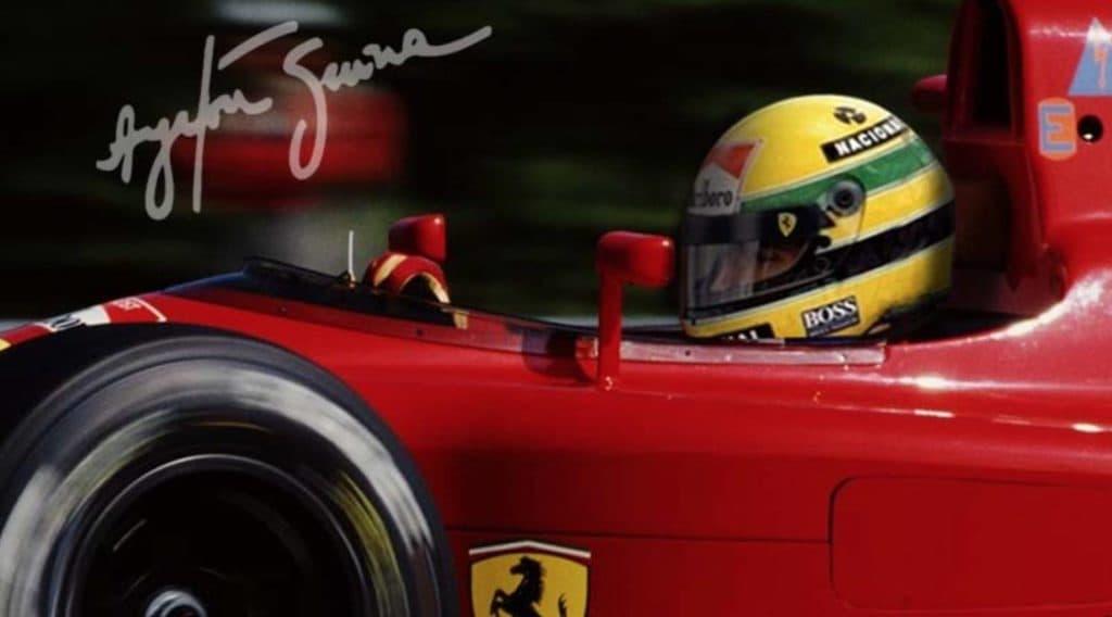 Senna im Ferrari Montage