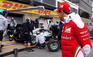 Wechselt Vettel zu Mercedes? Credit: Jerry Andre