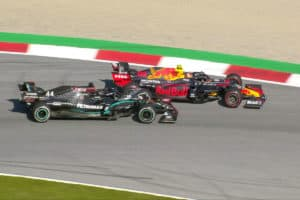 Albon vs. Hamilton in Spielberg