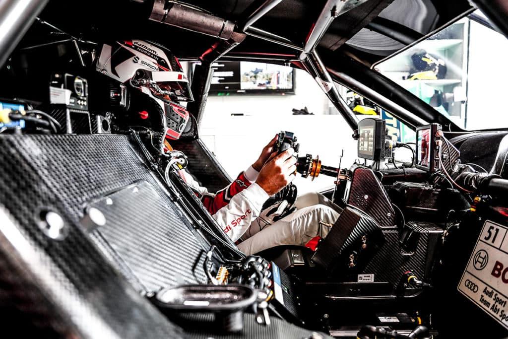 Nico Müller gewinnt vor seinem Abt Audi Teamkollegen Robin Frijns