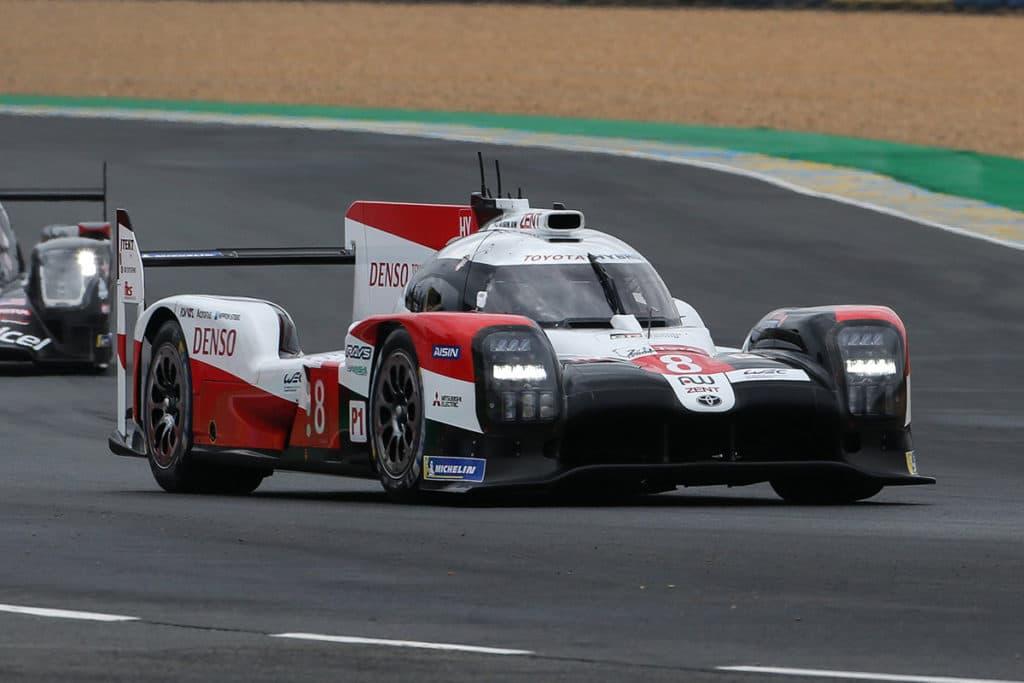 Toyota dominiert die 24 Stunden von Le Mans