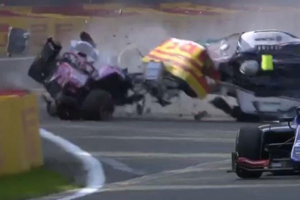 Correa zeigt erstmals sein zerstörtes Bein