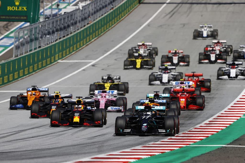 Formel 1; Credit: LAT/Mercedes