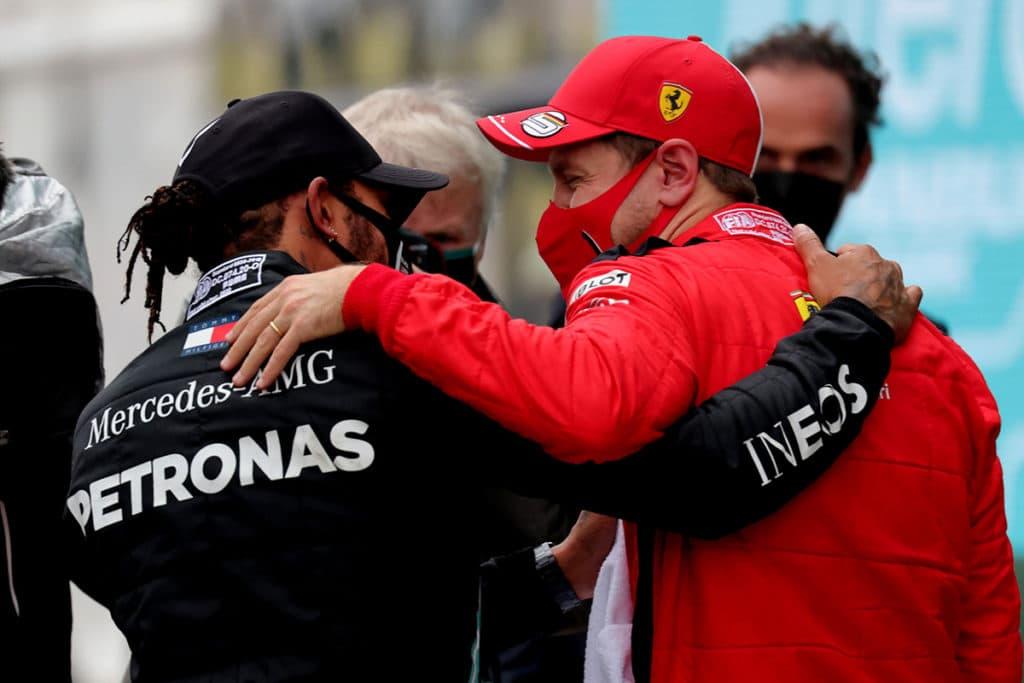 Lewis Hamilton und Sebastian Vettel Credit: Ferrari