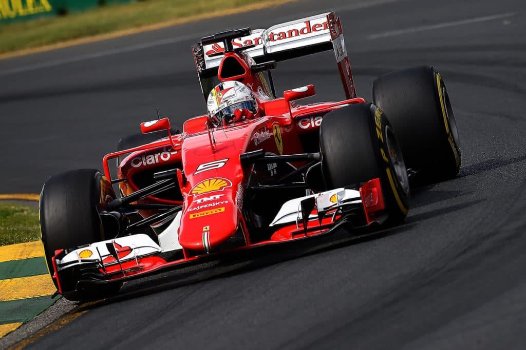 Sebastian Vettel 2015 beim Rennen in Australien © FOTO STUDIO COLOMBO X FERRARI MEDIA