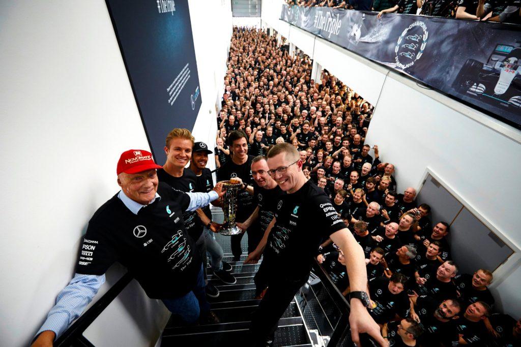 Formel 1: Partystimmung bei Mercedes. Credit: Mercedes