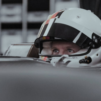 Sebastian Vettel Sitzprobe Aston Martin. Credit: Aston Martin