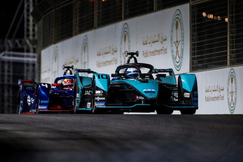 Sam Bird (Jaguar) siegt in Saudi Arabien. Credit: Jaguar