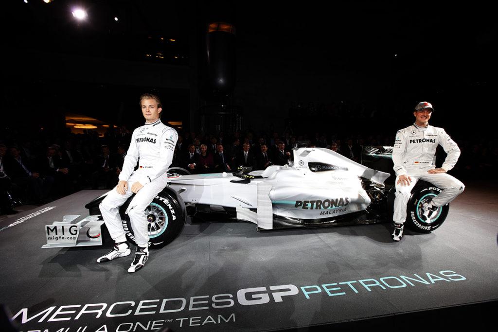 Mercedes-Benz stellt sein neues Formel-1-Werksteam MERCEDES GP PETRONAS vor. Credit: Mercedes