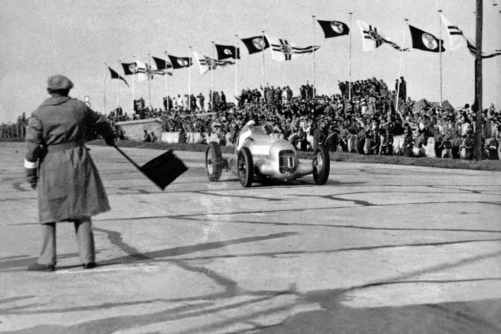 Internationales Eifelrennen auf dem Nürburgring, 3. Juni 1934. Credit: Mercedes