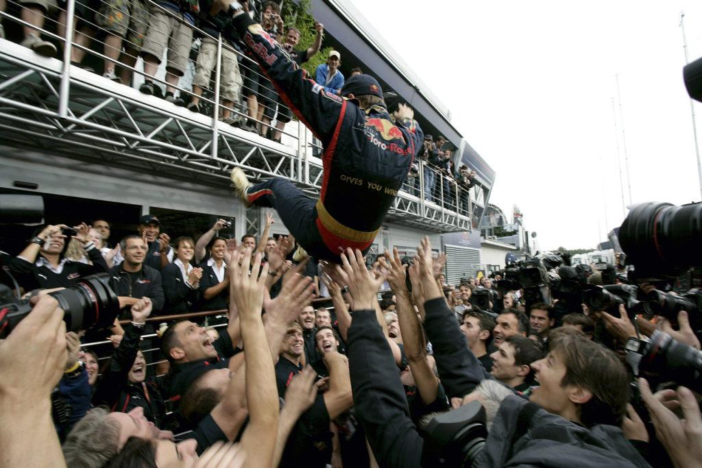 Sebastian Vettels erster Sieg in der Formel 1. Credit: Red Bull Content Pool