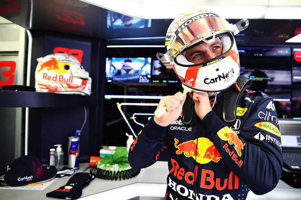 Formel 1 Max Verstappen Red Bull Bahrain FP1 Box