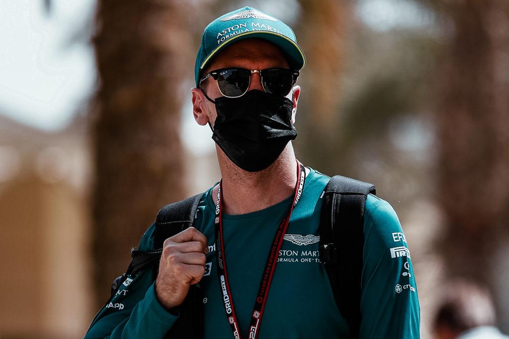 Formel 1 Sebastian Vettel Aston Martin Bahrain GP 2021