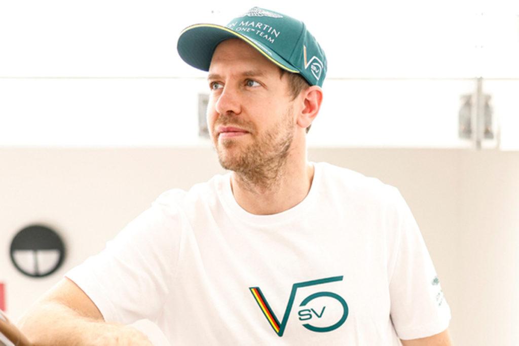 Formel 1 Sebastian Vettel Aston Martin 2021 Portrait