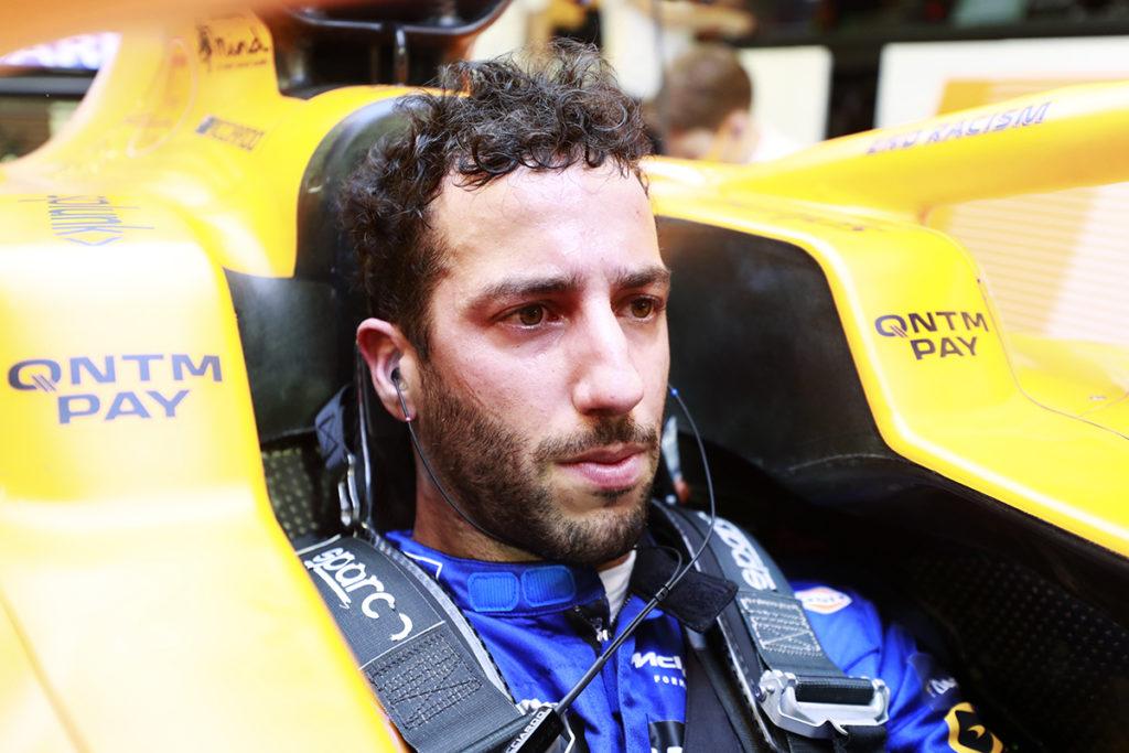 Formel 1 Daniel Riccirado McLaren Cockpit 2021