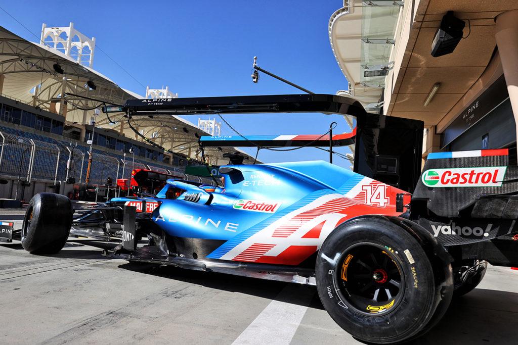 Formel 1 Fernando Alonso Alpine 2021 Test Bahrain