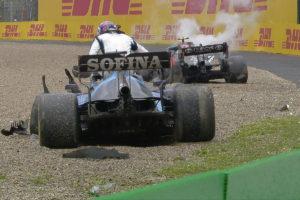 Formel 1 Valtteri Bottas George Russel Imola GP 2021 Crash