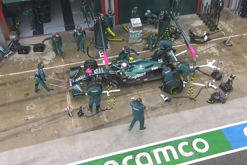 Formel 1 Sebastian Vettel Aston Martin Imola GP Start 2021