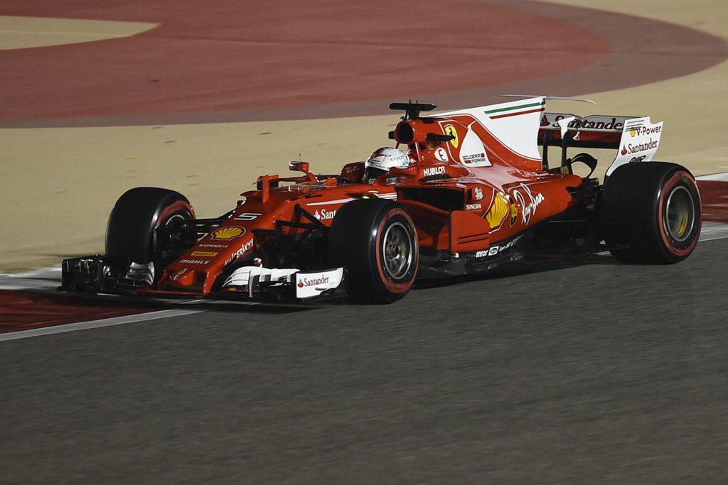 Formel 1 Sebastian Vettel Bahrain GP 2017 Action