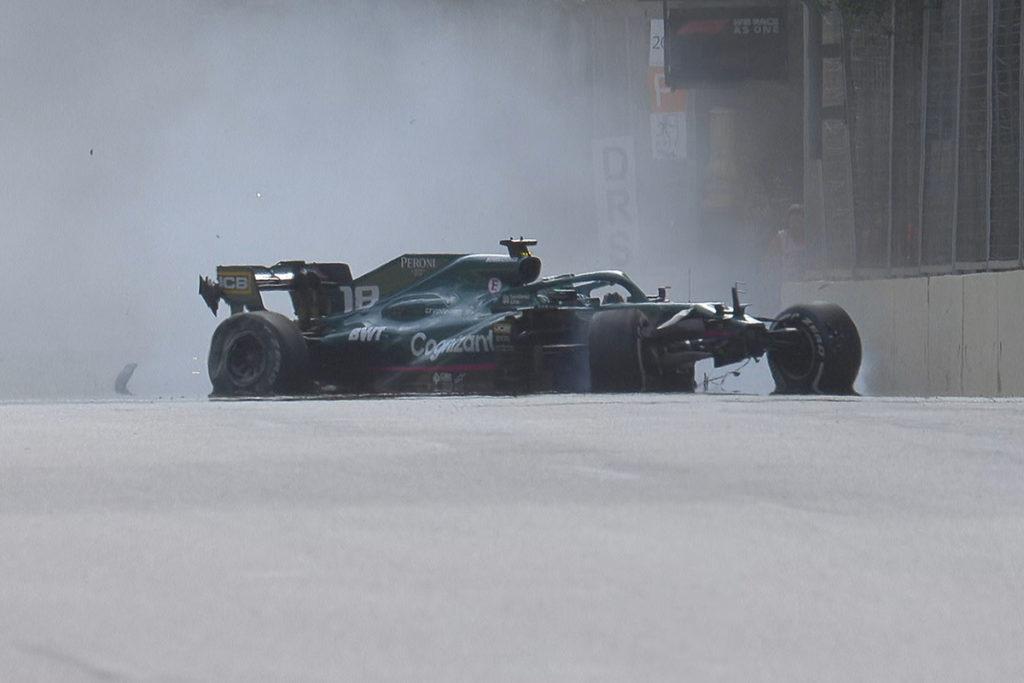 Formel-1-Reifenlieferant Pirelli hat die Reifenplatzer aus Baku analysiert. Credit: F1 TV