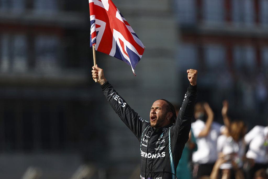 Formel 1 Lewis Hamilton Mercedes Silverstone 2021 Rennen