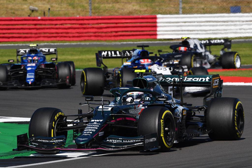 Formel 1 Sebastian Vettel Aston Martin Silverstone 2021 3 2