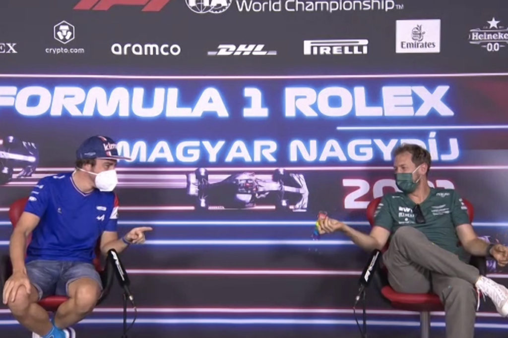 Sebastian Vettel und Fernando Alonso Ungarn GP 2021 PK