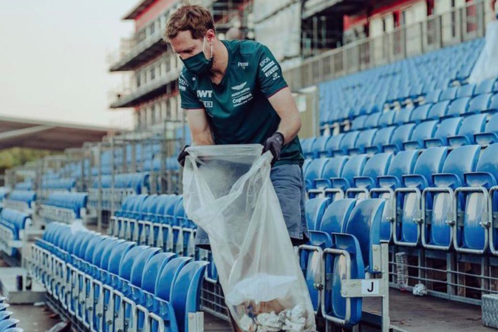 Formel 1 Sebastian Vettel Silverstone 2021 Müll sammeln