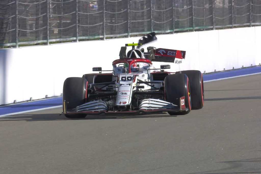 Formel 1 Giovinazzi Alfa Romeo Sotschi Russland Crash FP2