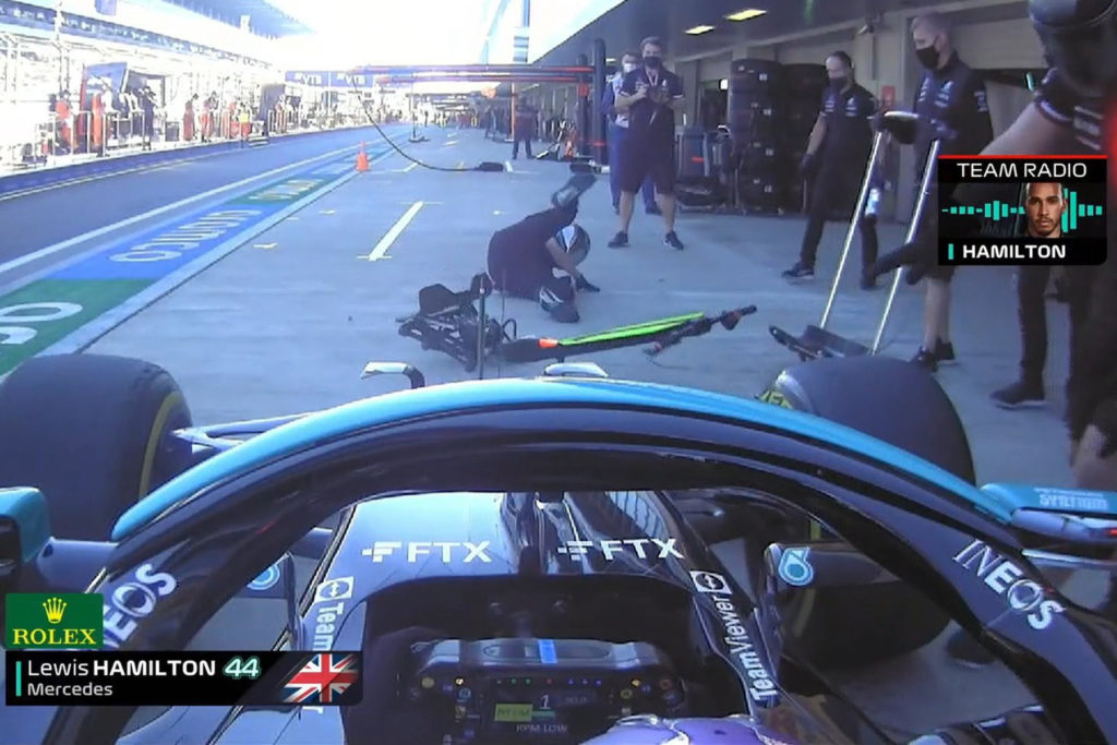 Formel 1 Lewis Hamilton Mercedes Box Sotschi Unfall Russland 2021