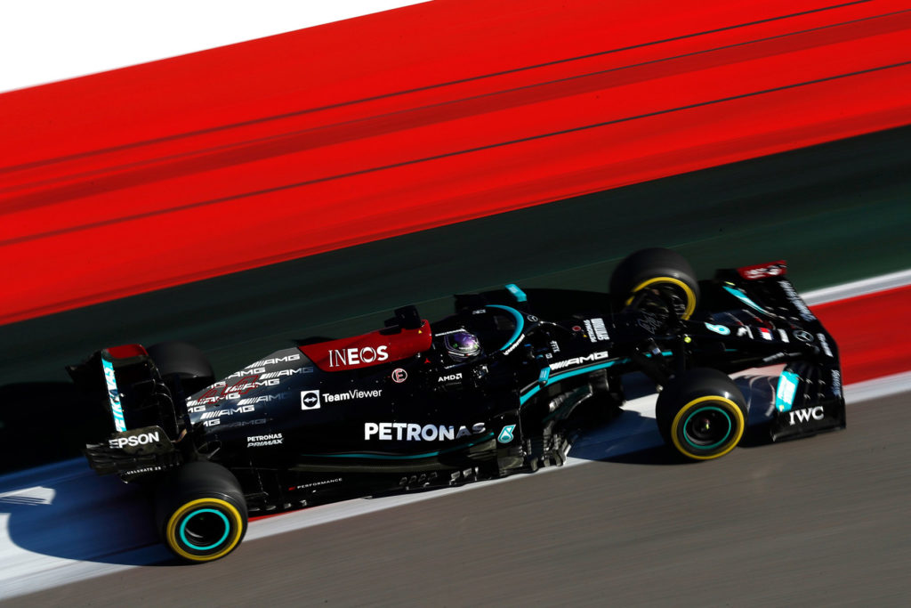 Formel 1 Lewis Hamilton Mercedes Russland 2021 3 2