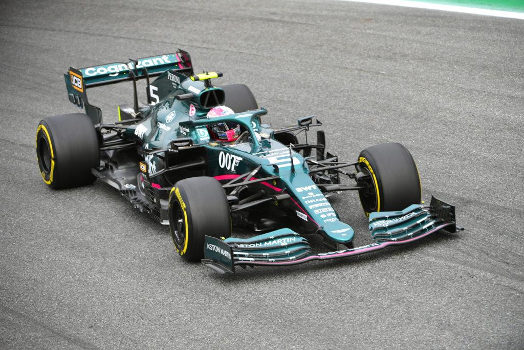 Formel 1 Sebastian Vettel Aston Martin Monza Italien 2021 01
