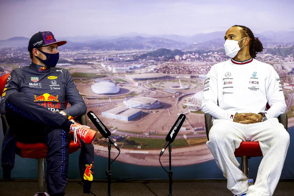 Formel 1 Max Verstappen und Lewis Hamilton Sotschi Russland GP